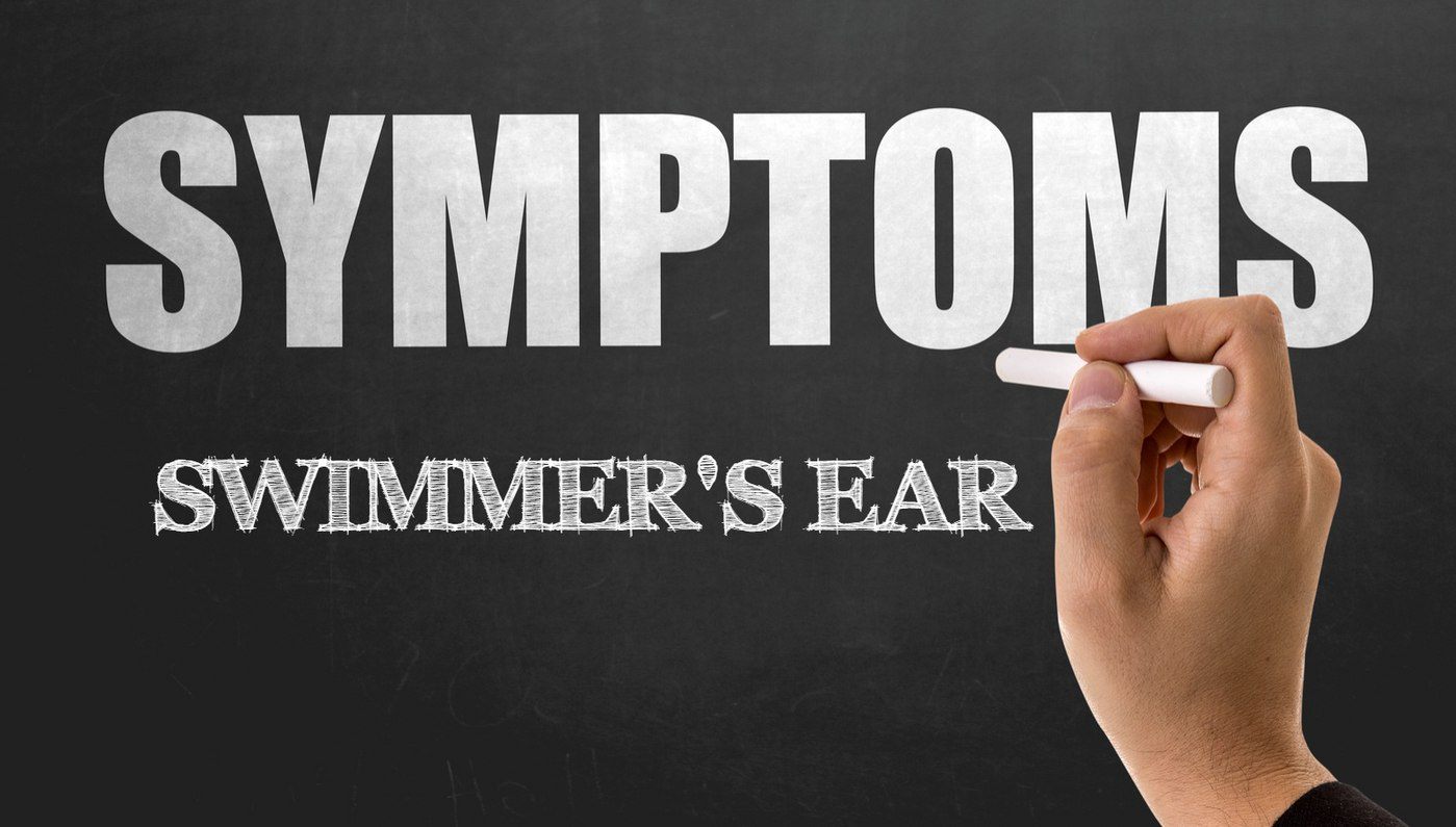 swimmers ear symptoms
