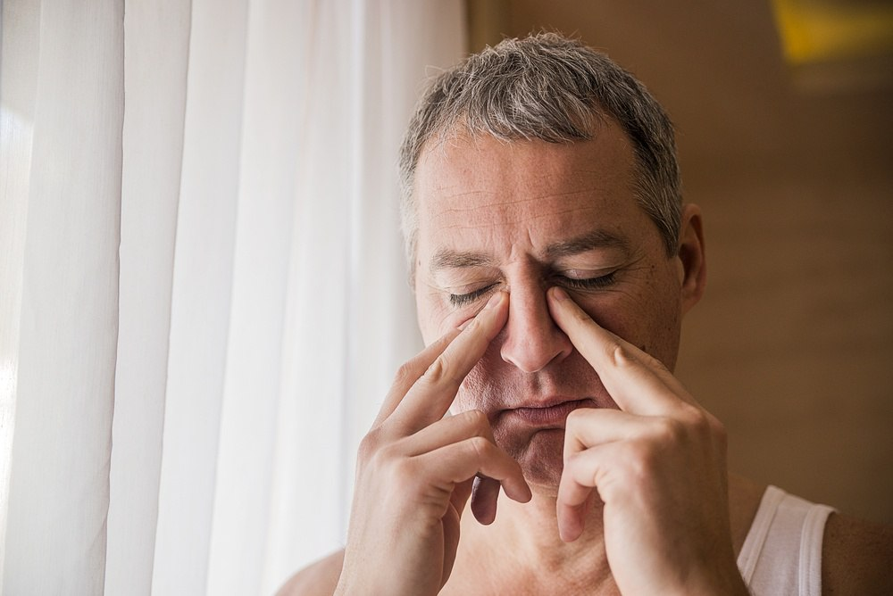 symptoms of sinusitis